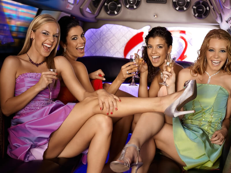 Party In Limo