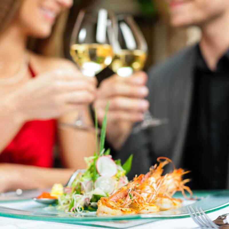 dining-couple-spslider.jpg